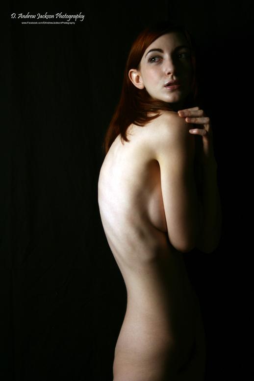 http://photos.modelmayhem.com/photos/111224/12/4ef630f503add.jpg