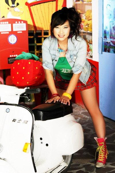 Taiwan Dec 24, 2011 Yun Liang