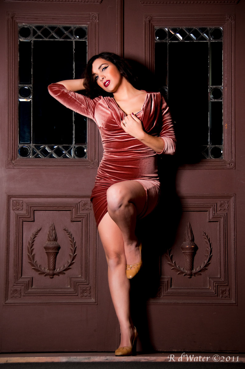 Female model photo shoot of Elizabeth09 by R dWater photography