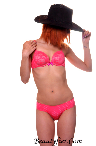Orillia  Jan 01, 2012 Beautyfier.Com & Katrina Pink Lasenza