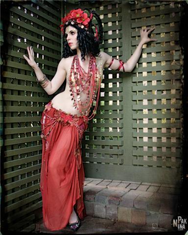 Female model photo shoot of Natasha Lazarovic