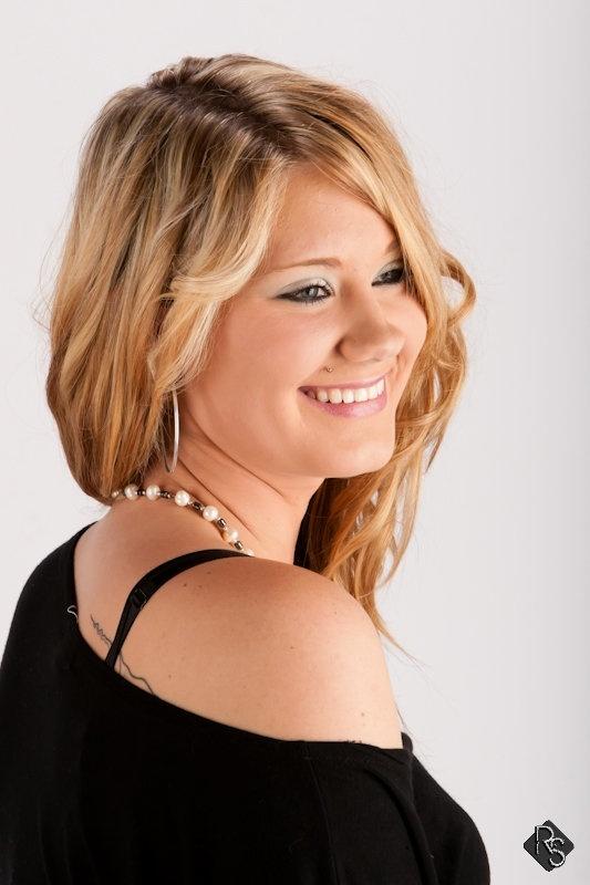 Female model photo shoot of Brittney Zelnar