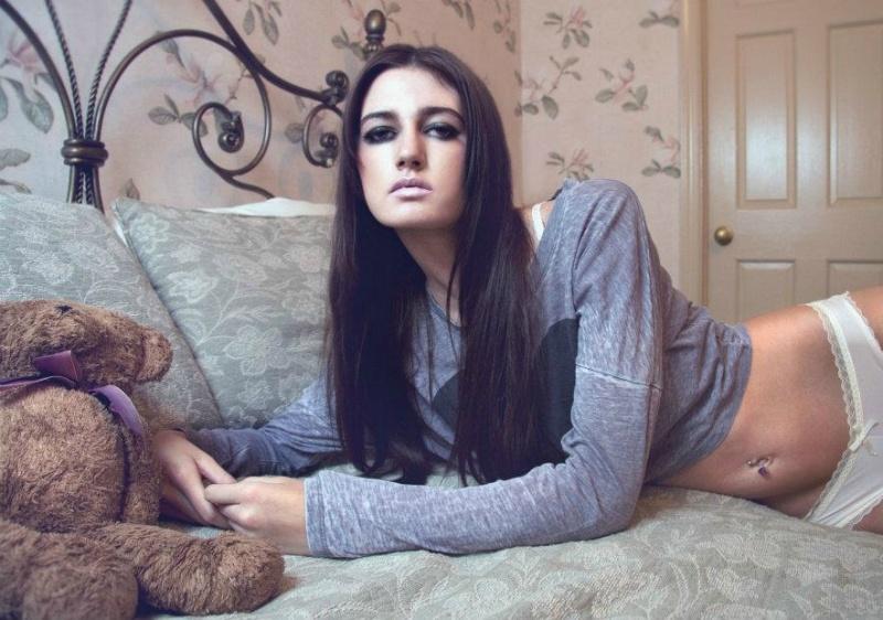Female model photo shoot of Shana Janelle