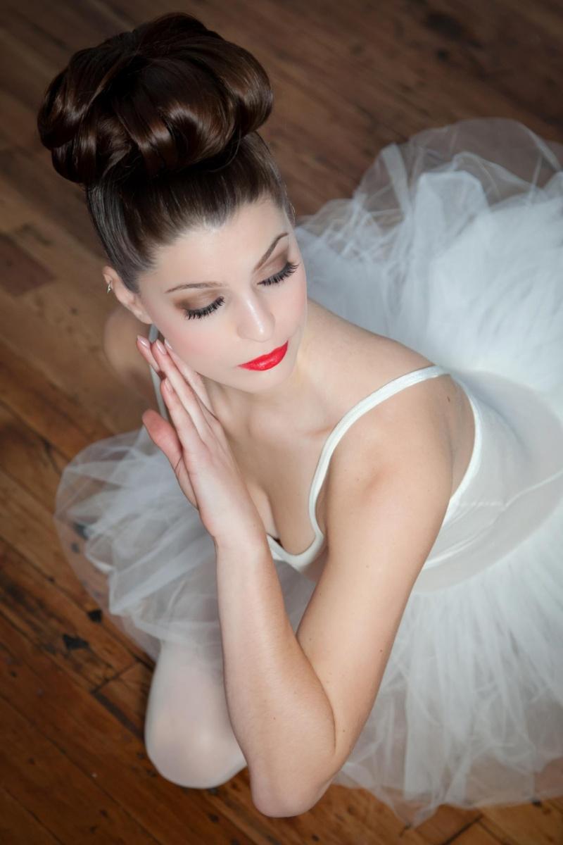 Female model photo shoot of ColleenElizabeth Makeup