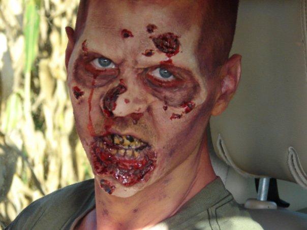 Jan 11, 2012 Cornfield Zombie