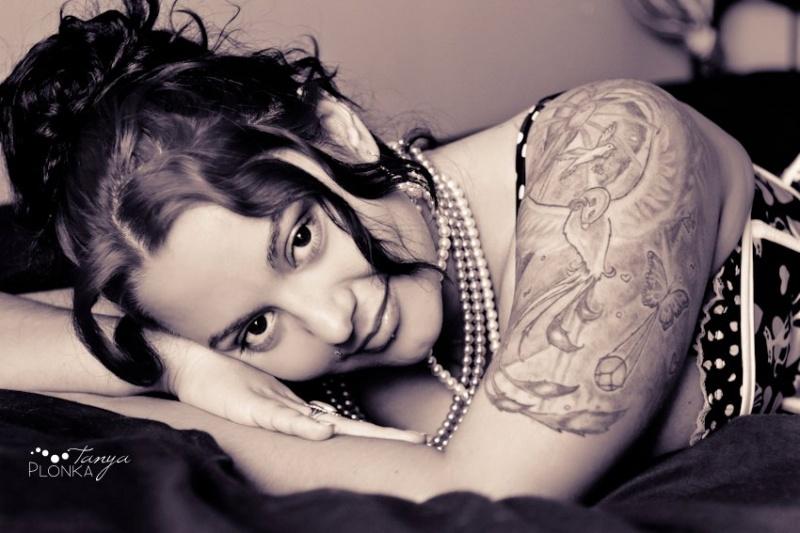 Female model photo shoot of Grace Jacksons