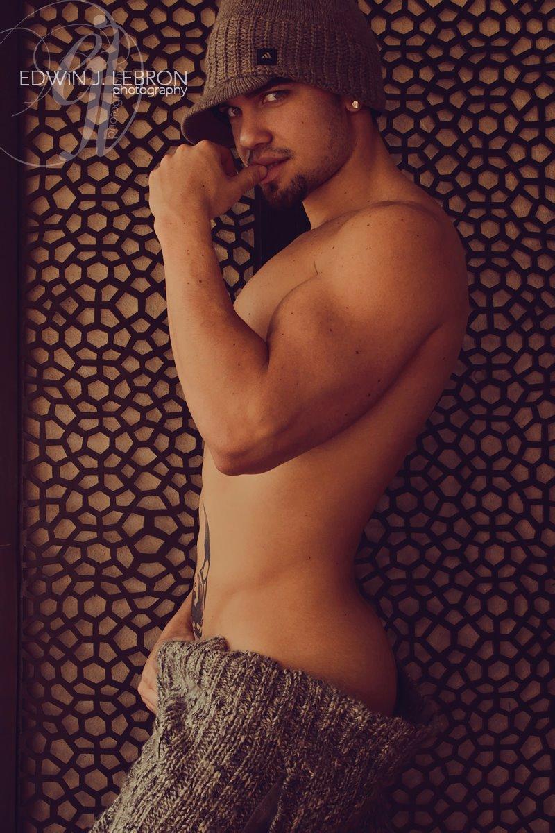 Male model photo shoot of Germancito in Miami, FL