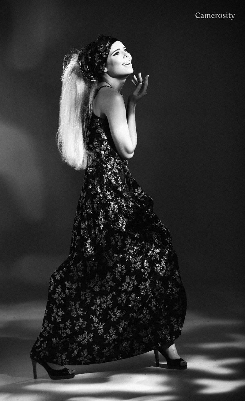https://photos.modelmayhem.com/photos/120115/22/4f13bfe0bcd6f.jpg