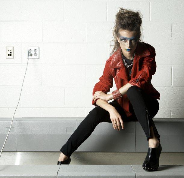Female model photo shoot of Susan Taylor (xoxoEss)