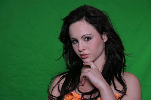 Female model photo shoot of Cassandra Wojak