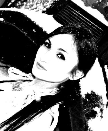 Female model photo shoot of 90NLN09