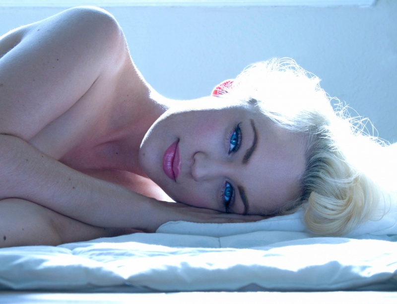 Female model photo shoot of Jolee Blon by joe Hill Photographer in Hollywood, CA