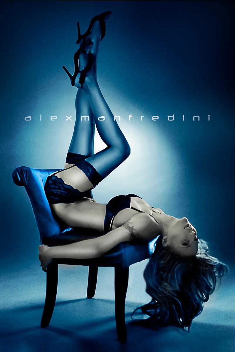 http://www.miamiglamourmodels.com/boudoir-chair-photography.htm Jan 27, 2012 Alex Manfredini Blue Boudoir Chair