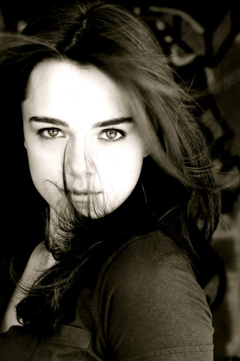 Female model photo shoot of Gigi Sumpter