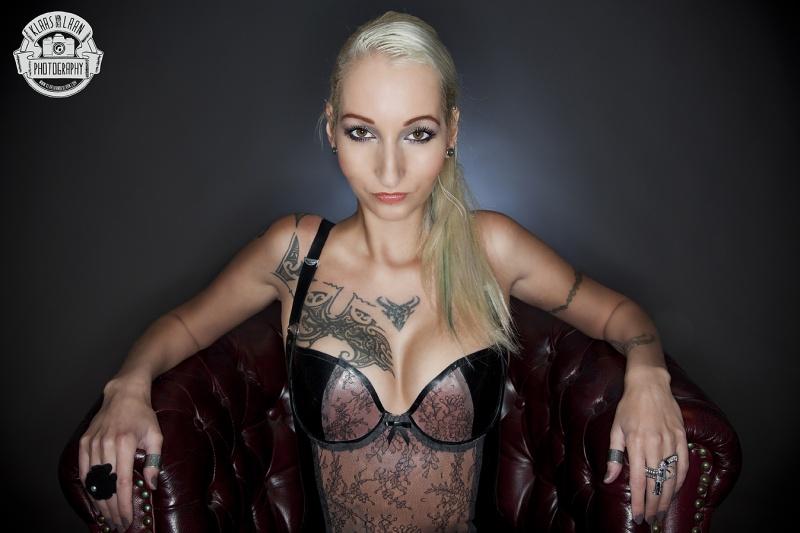 Female model photo shoot of ave_maria