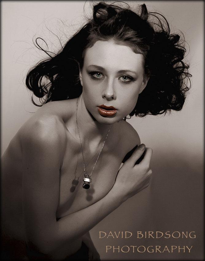 http://photos.modelmayhem.com/photos/120201/11/4f2994c3eae1c.jpg