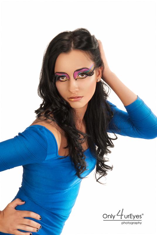 Female model photo shoot of Sanja