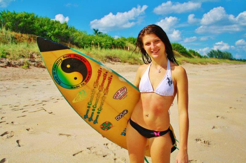 Female model photo shoot of Traci Salas
