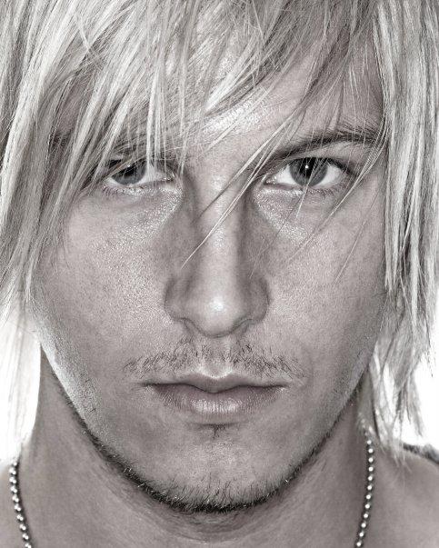Male model photo shoot of David Hodgson by Gwoolie
