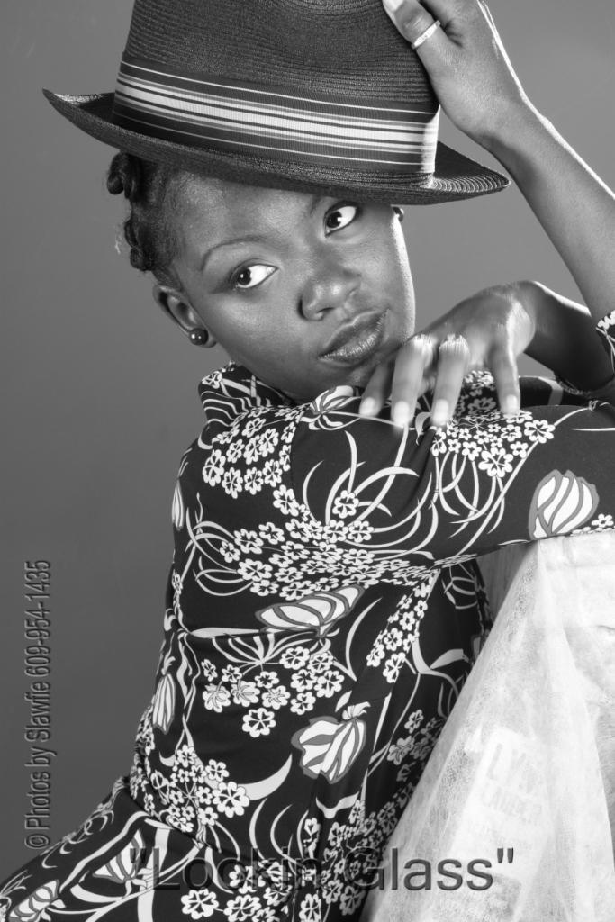 Female model photo shoot of Heartbroken
