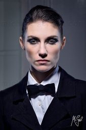 http://photos.modelmayhem.com/photos/120212/06/4f37cf8c41658_m.jpg