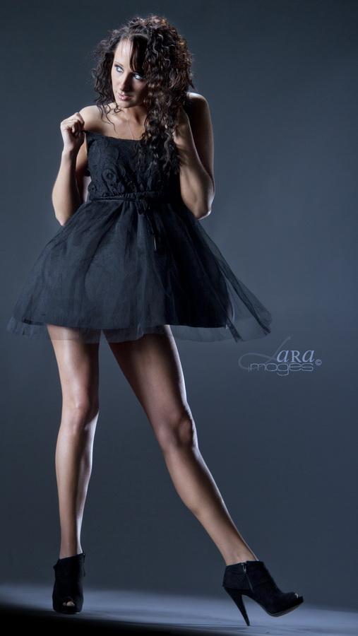 ya know Feb 12, 2012 (c) 2012 LARA images Dancing Dress