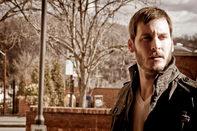Male model photo shoot of Aaron Salvia