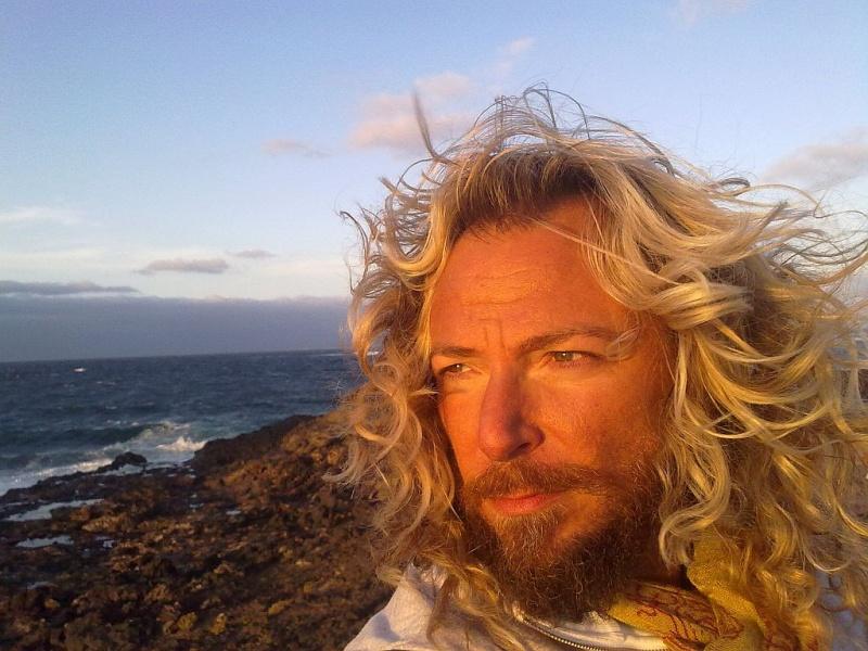 Male model photo shoot of Maxim Esperanza by Maxim Esperanza in Islas Canarias