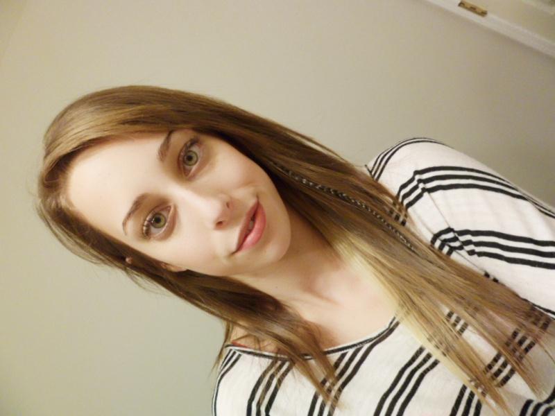Female model photo shoot of Katieeb