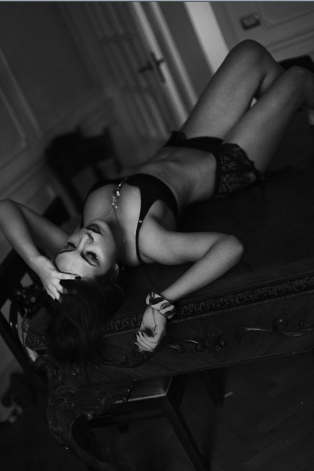 Feb 21, 2012 Armand Sallabanda photography magazine editorialThe last seduction