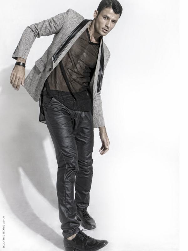 Male model photo shoot of romeu