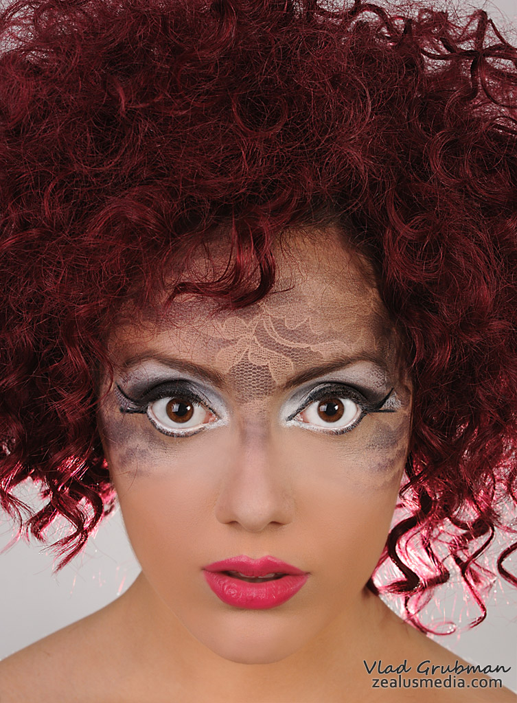Female model photo shoot of MakemeUpRenee and Sofijazz by Zealus, hair styled by Egypt Buck II, makeup by MakemeUpRenee