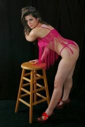 http://photos.modelmayhem.com/photos/120227/01/4f4b46d97fb72_m.jpg