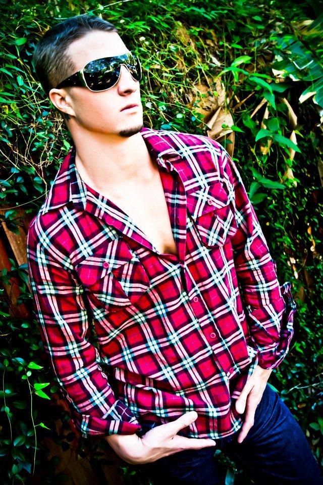 Male model photo shoot of Michael Sellers