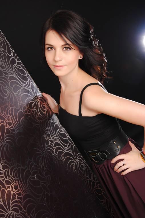 Female model photo shoot of Sofiee-Alex in Cardiff