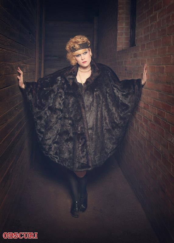 Female model photo shoot of Tiinia Auler MUAH in 13th Street Morgue-Red Oak. TX