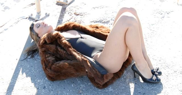 Female model photo shoot of Raquel Alessi in Cottesloe Beach