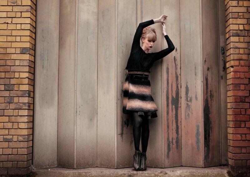 Female model photo shoot of Tiffany Humphreys