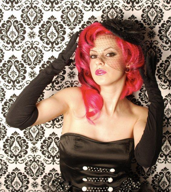 Female model photo shoot of Valtiela