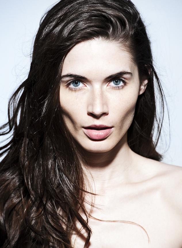 Female model photo shoot of Andi Sl