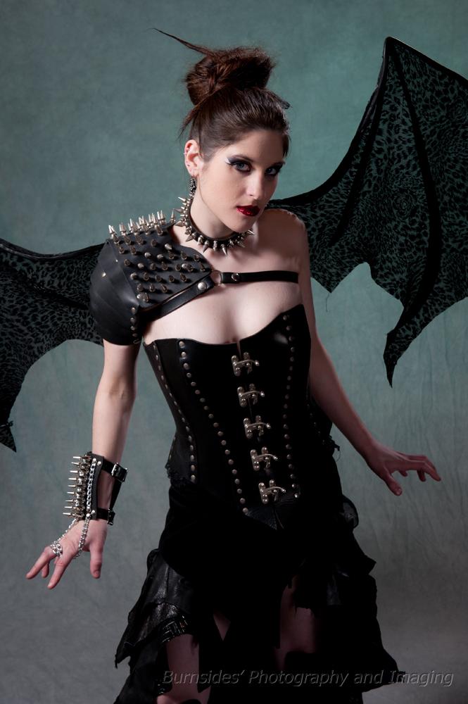Female model photo shoot of Kiera R Rainfrey-Monet
