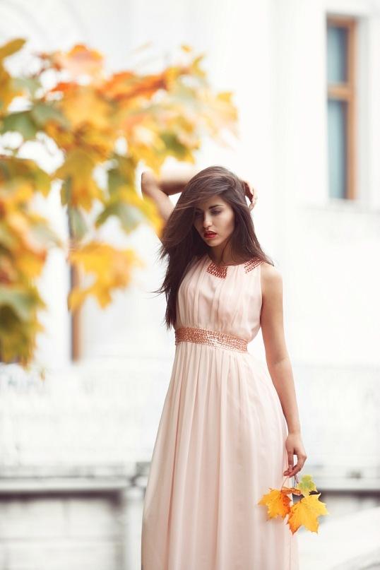 Female model photo shoot of Irina_Dreyt