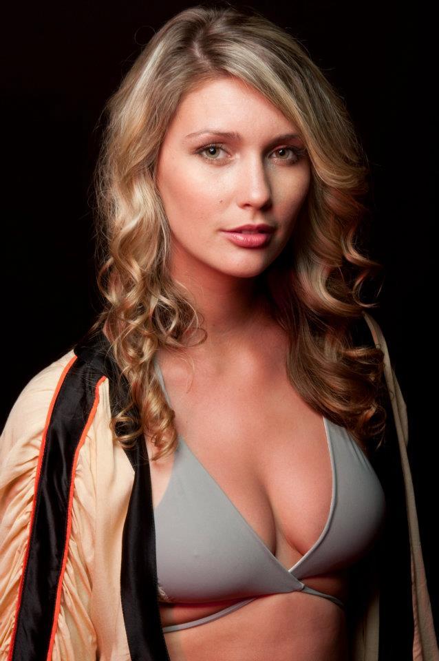 Female model photo shoot of Alyssa Sydney by BrianJamesPhoto