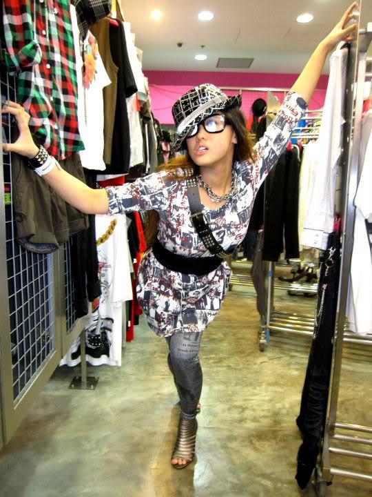 Female model photo shoot of Alexandriine in 77th Street