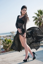 http://photos.modelmayhem.com/photos/120320/22/4f696bdc6496d_m.jpg