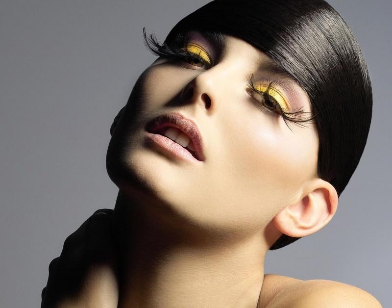Mar 21, 2012 Greek Vogue