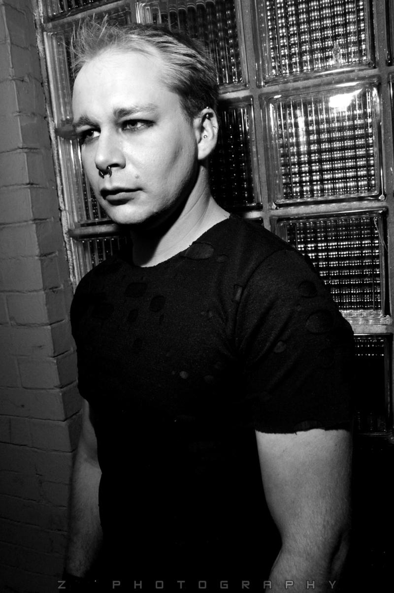 Male model photo shoot of Zoran Cuckovic