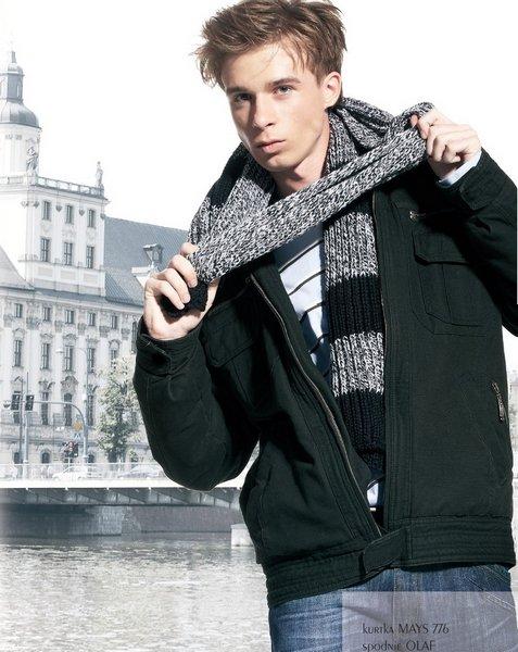 Male model photo shoot of larydawid