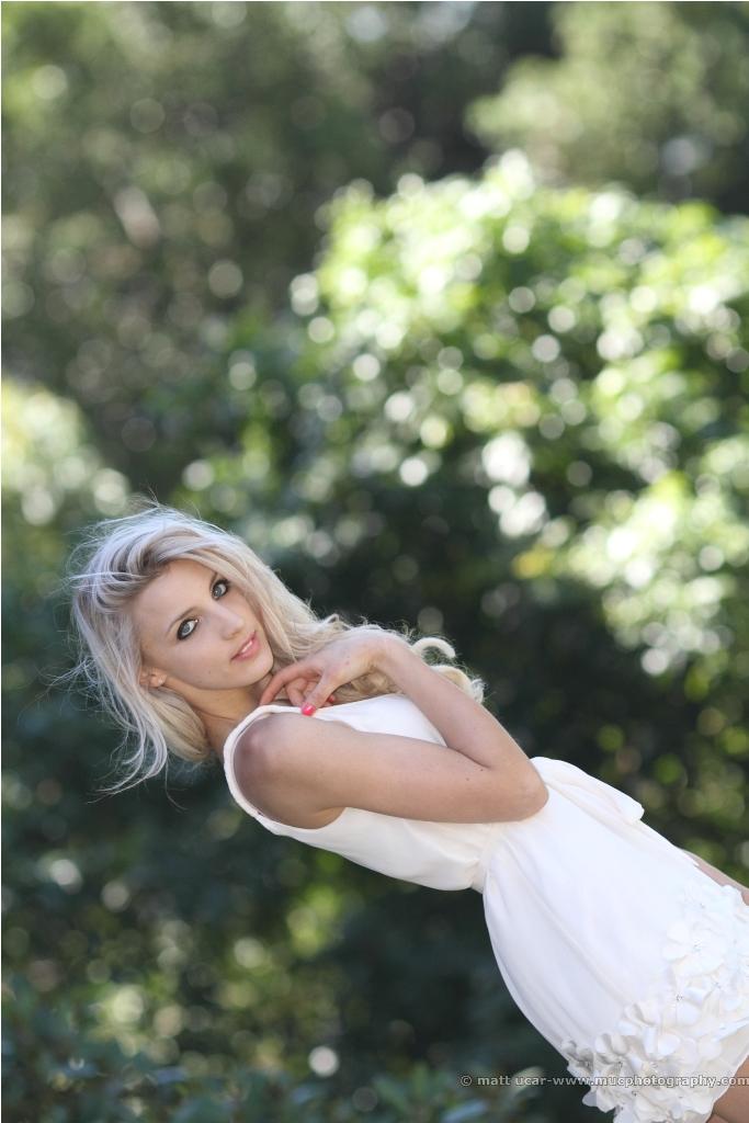 http://photos.modelmayhem.com/photos/120326/05/4f70674a843fb.jpg
