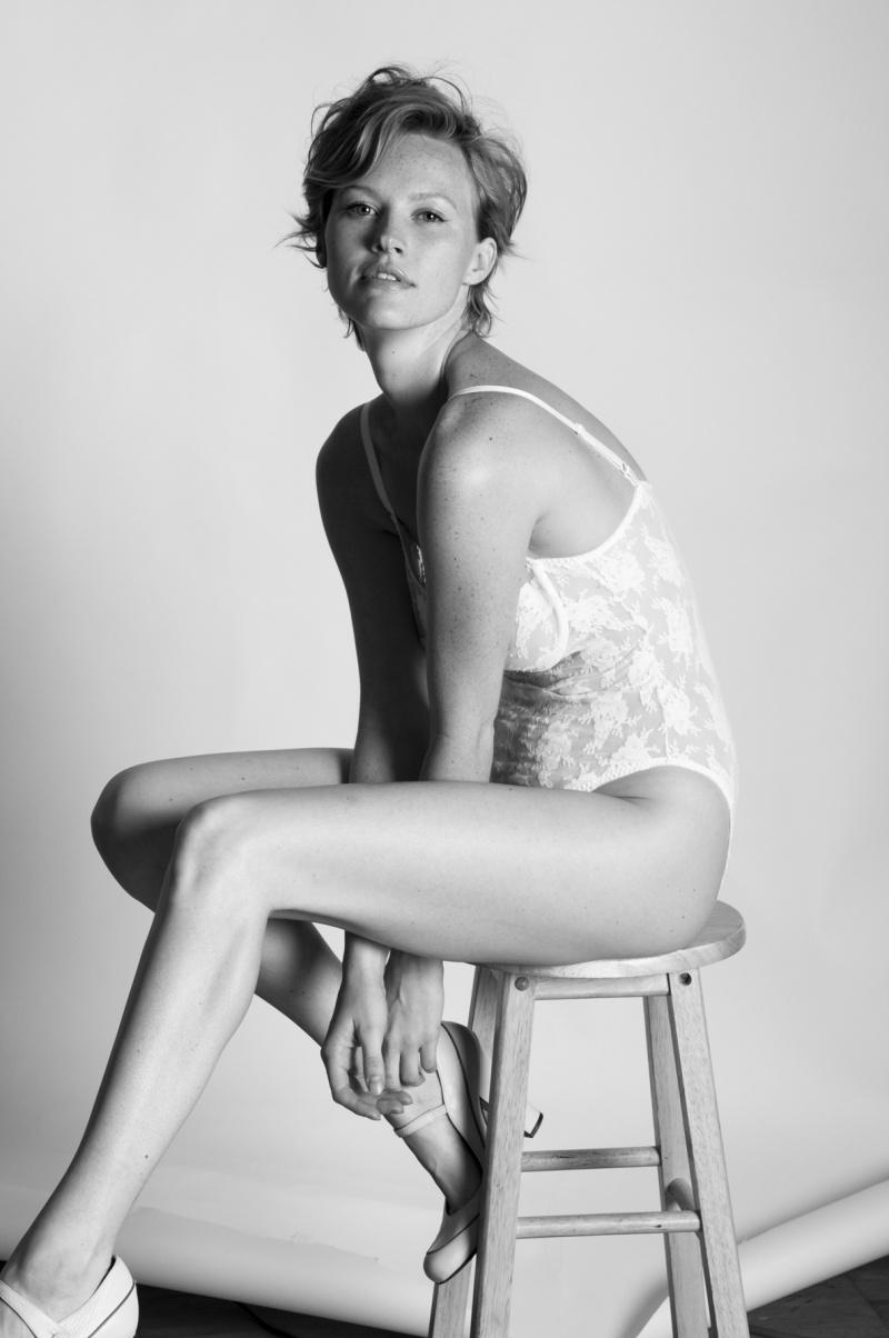 Female model photo shoot of Nicole Leone Miller